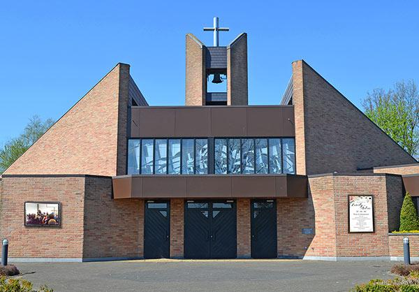 Outdoor digital signage for churches - The TV Shield